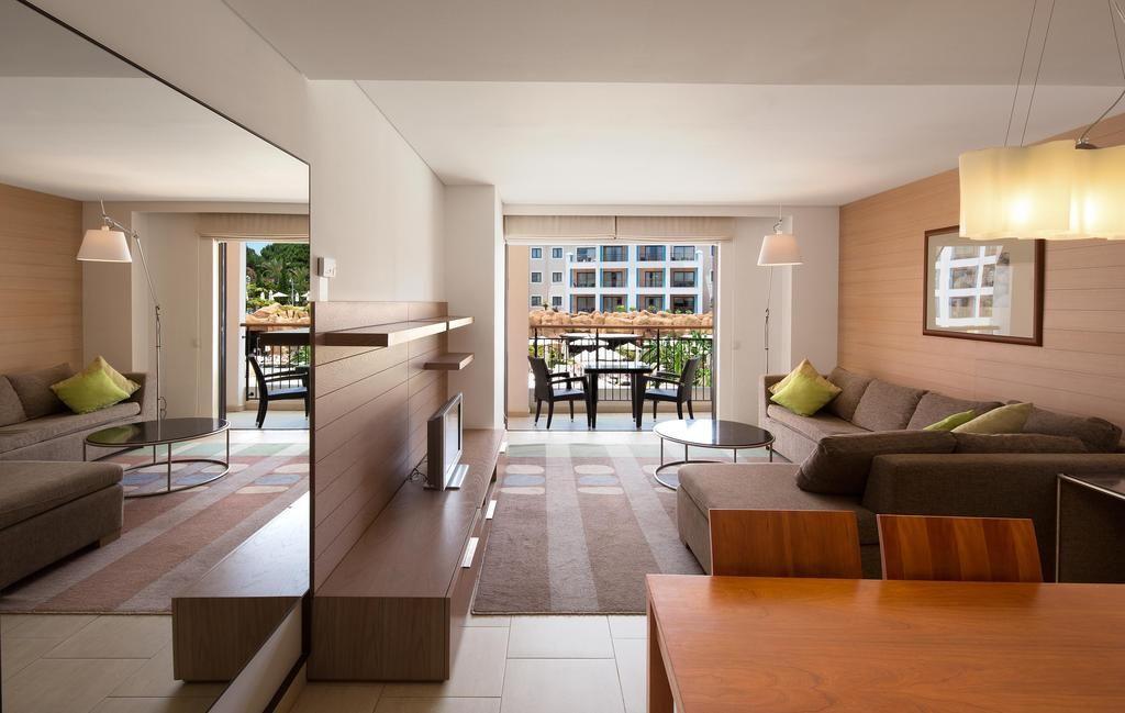 ete 2017 hilton glatt cacher. Black Bedroom Furniture Sets. Home Design Ideas